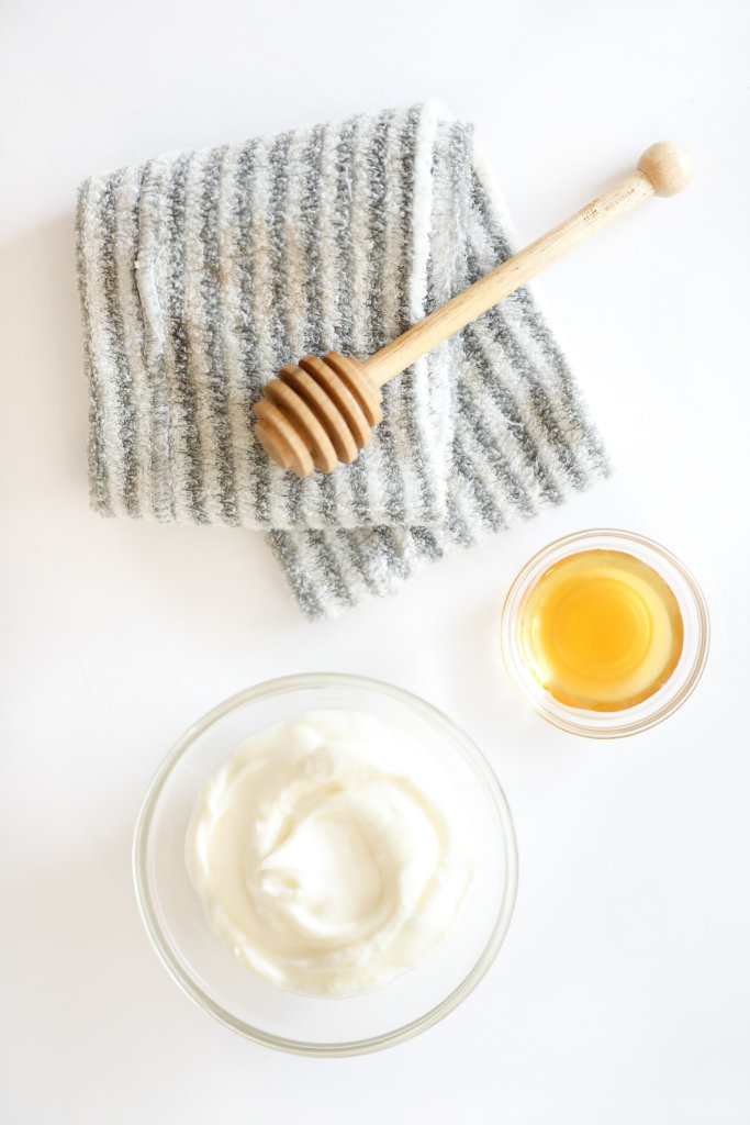 Diy Deep Conditioning Yogurt Hair Mask For Dry Frizzy Hair